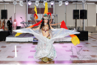 Артисты яркого латиноамериканского и бразильского шоу на праздник в Москве. Международный Евразийский форум.