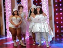 Заказать шоу толстушек в Москве
