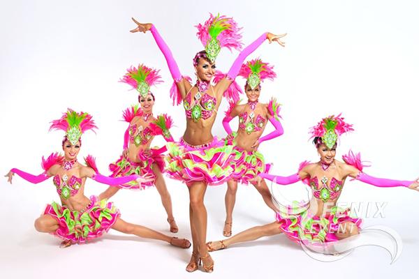 Яркие танцоры на праздник в Москве