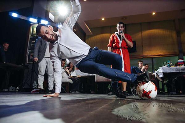 Заказать футбольный фристайл шоу на праздник в Москве