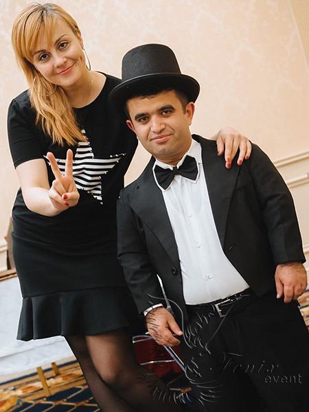 Карлик на день рождения Москва
