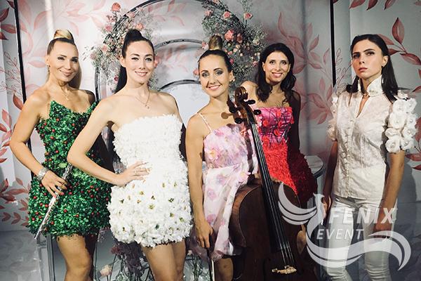 Кавер группа на новый год, корпоратив, юбилей, свадьбу в Москве. Лучшие музыканты Москва.