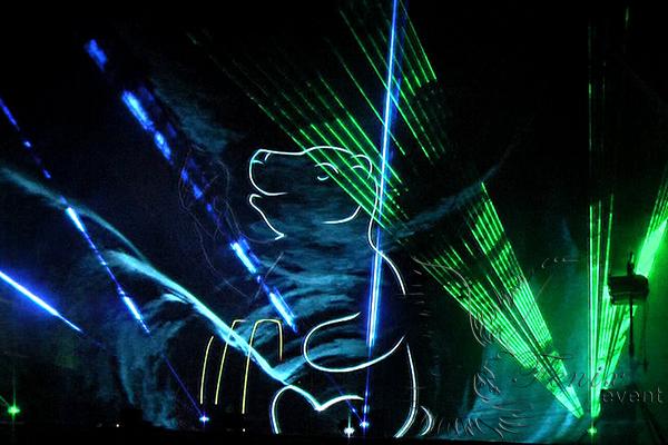 Ролик лазерное шоу в Москве