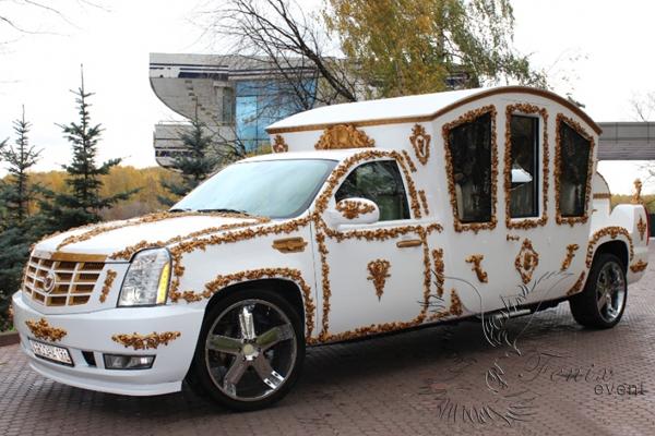 Заказ автомобилей на свадьбу в москве