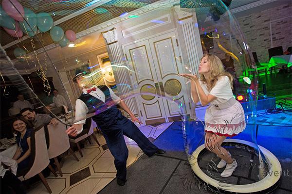 Заказать шоу мыльных пузырей Москва
