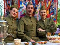 Ансамбль на 9 мая Москва. Заказать русский народный ансамбль на праздник, свадьбу и юбилей Москва.
