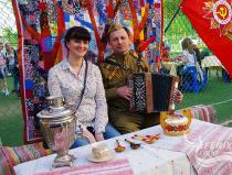 Лучший гармонист на 9 мая Москва. Гармонист на праздник,  юбилей и корпоратив в Москве.