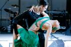 Танцевальный коллектив в Москве на церемонии награждения почётных граждан стран Таможенного союза 13 декабря 2015.