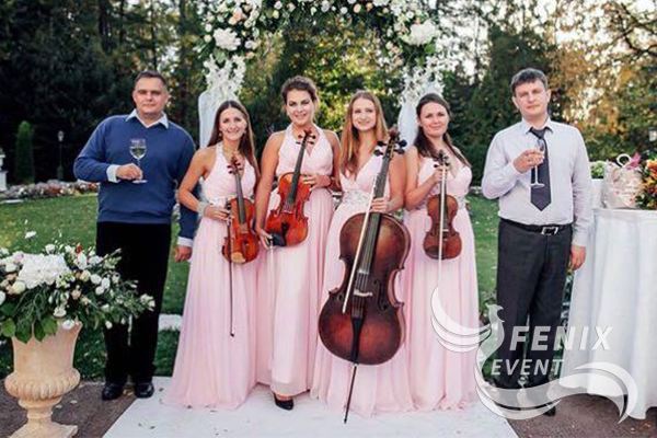 Лучшее скрипичное струнное шоу на праздник Москва