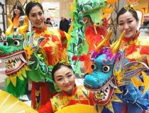 Китайский танец с маленькими драконами на праздник в Москве