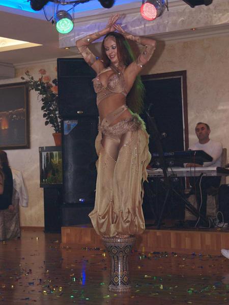 Восточный танец заказать