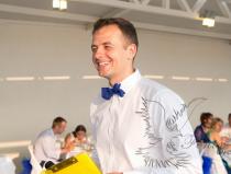 Евгений - лучший профессиональный ведущий на праздник в Москве
