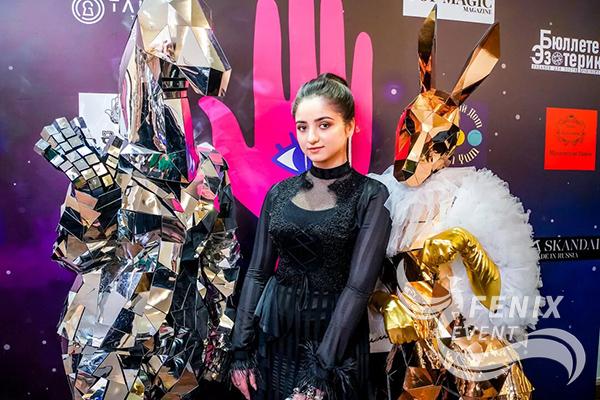 Артисты в зеркальных костюмах Москва
