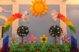 Оформление детского праздника шарами в Москве
