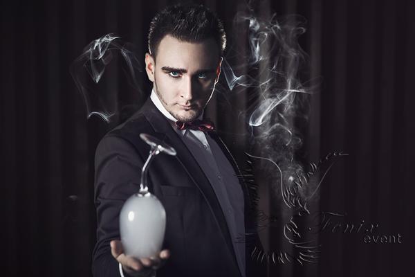 Фокусник иллюзионист на Хэллоуин в Москве