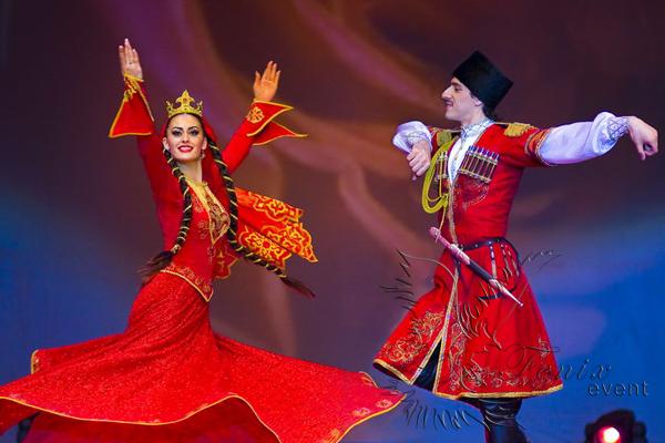 Коллектив кавказских танцев на Новый год в Москве Лезгинка на корпоратив