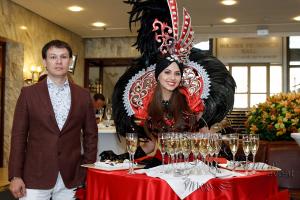 Леди фуршет на праздник, свадьбу, юбилей и корпоратив в Москве