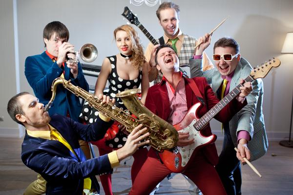 Певцы и музыканты насвадьбу в Москве