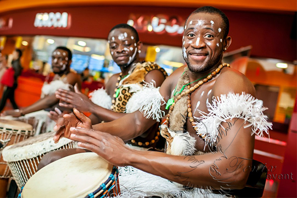 Шоу Африканских барабанщиков в Москве на свадьбу