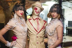 Заказать артистов в велком-зону на встречу гостей на свадьбу или любой другой праздник в Москве
