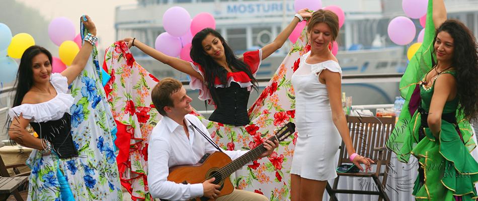 Заказать цыган на свадьбу недорого в Москве.