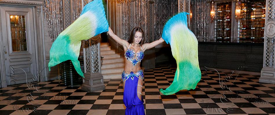 Заказать танец живота в Москве