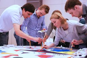 Организовать тимбилдинг в Москве  творческий тимбилдинг.