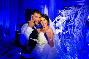 Заказать недорого бумажное шоу на свадьбу в Москве!