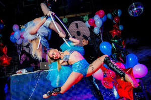 Воздушное акробатическое шоу в Москве!