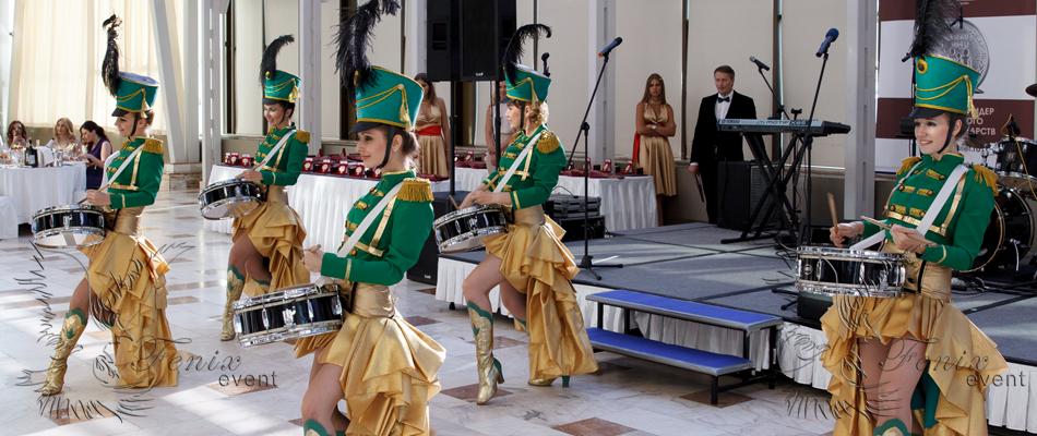 Шоу барабанщиц на праздник в Москве