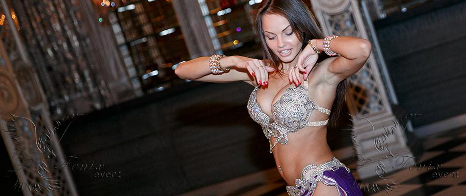Заказать танец живота на юбилей в Москве