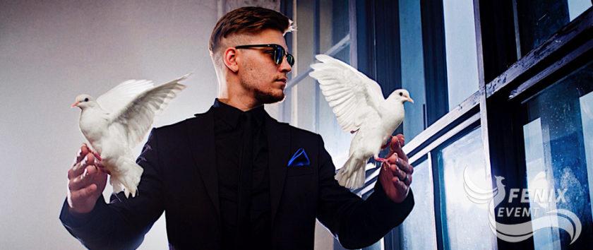 Заказать фокусника на свадьбу, праздник, юбилей и корпоратив - лучший фокусник иллюзионист в Москве