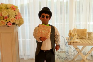 Артист маленького роста на свадьбу в Москве - карлик на встречу гостей