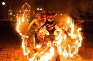 Огненное шоу на Хэллоуин Москва