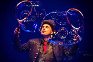 Шоу мыльных пузырей на Хэллоуин Москва