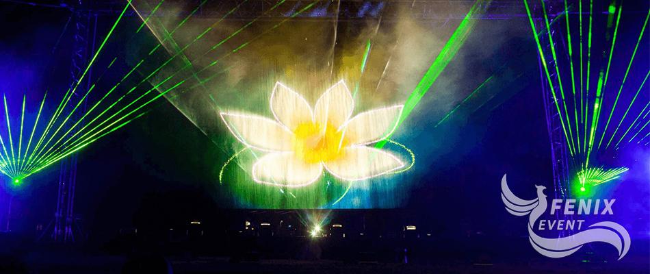 Заказать лазерное световое шоу на праздник и корпоратив Москва. Лазерное шоу Москва. Световое шоу Москва.
