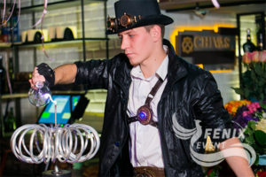 Заказать оригинальное Тесла шоу на свадьбу Москва.