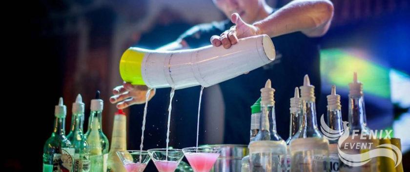 Заказать лучшее бармен шоу на корпоратив, праздник, новый год в Москве - шоу барменов на свадьбу и юбилей